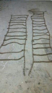 Tractor chains .