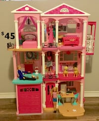 Barbie Dream House/Dolls/Accessories  Maple Ridge, V2X