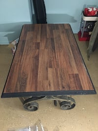 Coffee table and end tables  Monroe, 30656