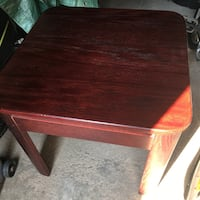 Wooden side table / end table Toronto, M1N 2V3