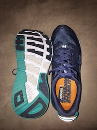 6.5 Womens Hoka running shoes Washington, 20008