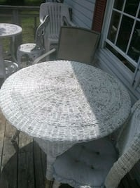 round white wicker table with chairs Lennon, 48449