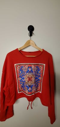 Zara Women`s Sweater Size S