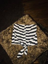 SEXY STRIPED CROP TOP SIZE SMALL