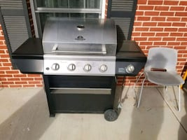 Grillmaster 4-Burner Propane Gas Grill with Side Burner