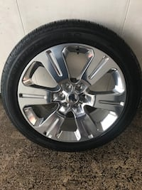 Ford F-150 22 inch wheels set came off 2016 plantinum edition