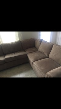 Three piece sectional  Ashburn, 20148