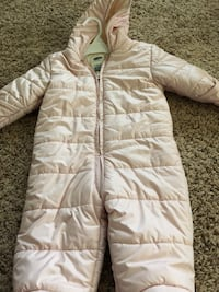 Light pink snow suit.  6-12 months Herndon, 20171