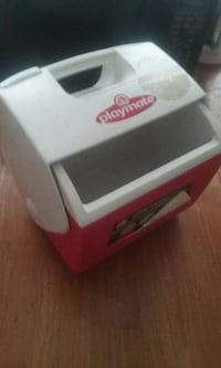 white and red Playmate cooler