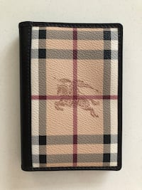 Burberry Authetic passport holder. Excellent condition.  Toronto, M4P 0B2