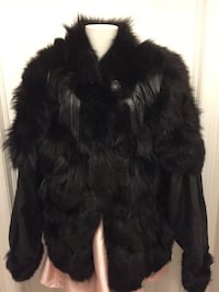 Ladies xl leather and fur jacket  565 km