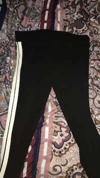 black and white sweatpants 2466 km