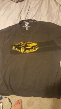 Porsche 911 collectors T shirt no.9 with carrying case  Barrie