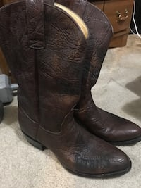 Tennessee titians boots size 11.5 Springfield, 65802