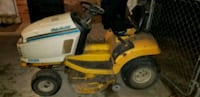 yellow and black ride on lawn mower Columbia, 21044
