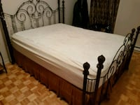 Queen size bed complete set Montreal, H4C 2S8