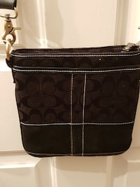 fabulous coach crossbody bag blk NEW CONDITION