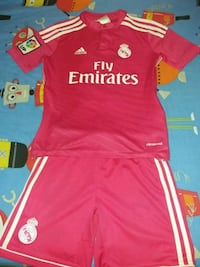 Conjunto oficial Real Madrid talla 9-10 Madrid, 28012