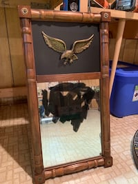 Colonial mirror with eagle