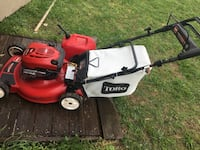 Toro self propelled lawnmower with gas can Hendersonville, 37075