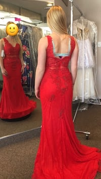 Red lace formal dress Guelph, N1L 1H7