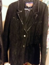 Reduced price $ Firm! 60.00 LIKE New! Cripple Creek Womans genuine soft leather coat ♡  Remus, 49340