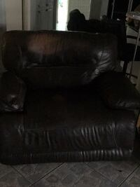 Recliner  electric oversize very comfortable Clearwater, 33755