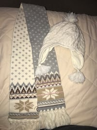 Gap kids scarf and hat set