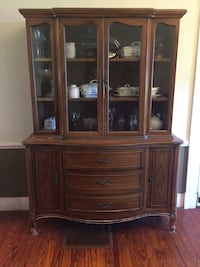 China cabinet.minor scratches  Winchester, 22602