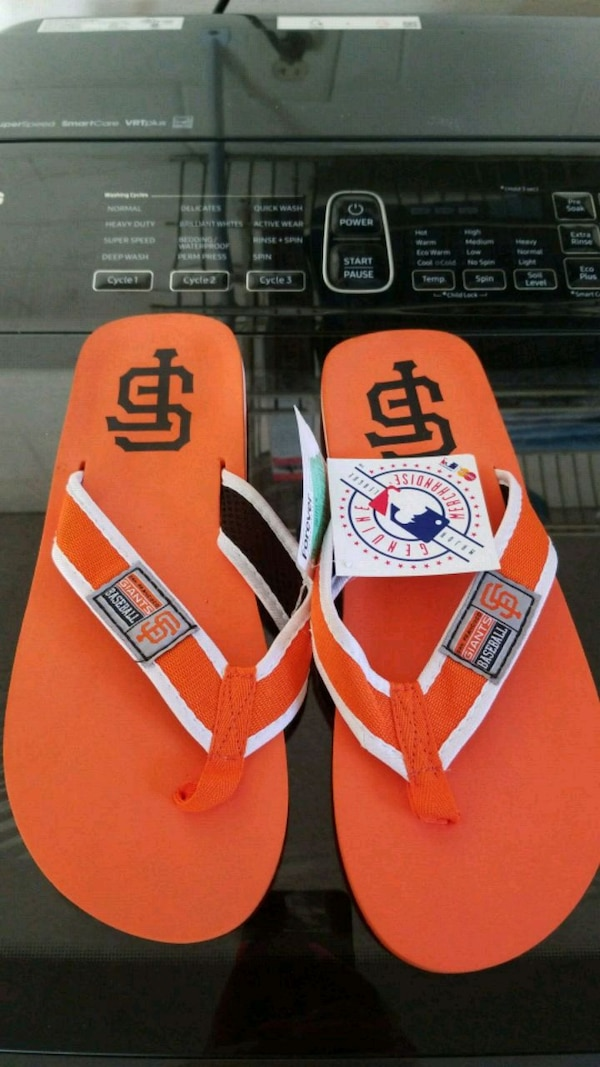 235fcaa7a7b2 Used SF GIANTS MENS FLIP FLOPS LARGE for sale in Brandon - letgo