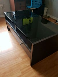 Used Coffee Table with 2 Drawers Brampton, L6X 4H7