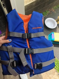 Life jacket  North Haven, 06473