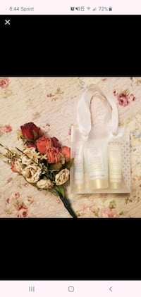 Mary kay satin hands lotion gift set Essex, 21221