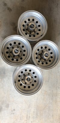 6 Lug GMC or Chevy wheels Smyrna, 37167