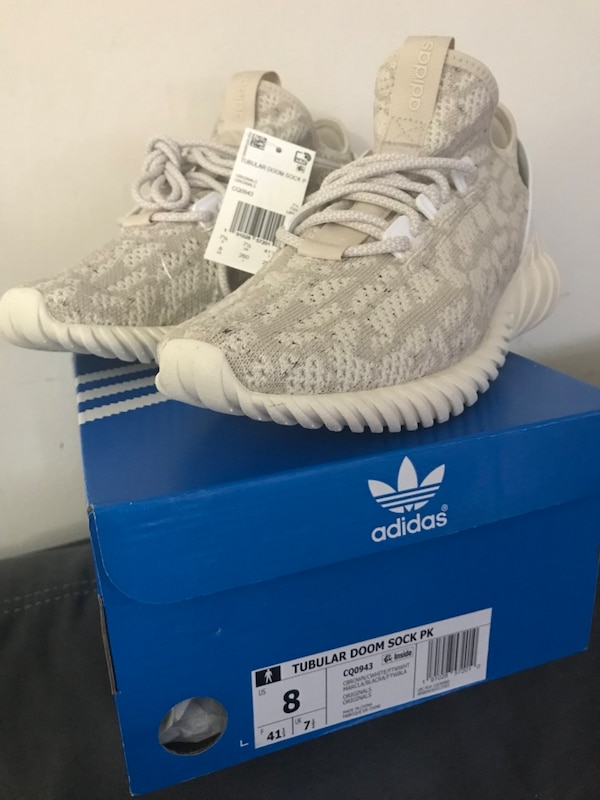 8542c130bb2d6 Used Adidas shoes for sale in Fairfax - letgo
