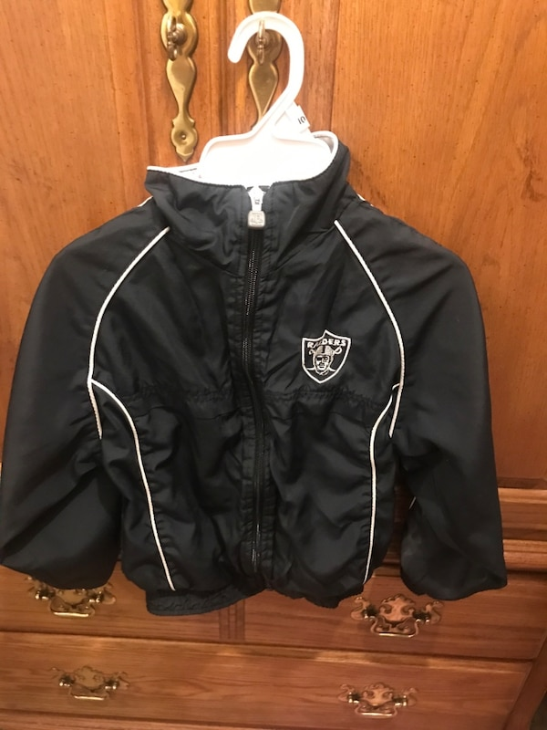 best authentic f4da1 06313 NFL Raiders Zip up jacket size 7 Y in good used condition