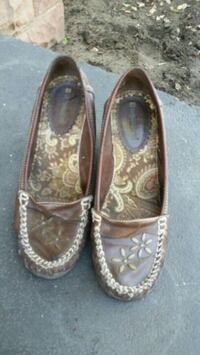 Women's brown shoes Rancho Cucamonga, 91737