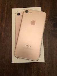 rose gold iPhone 7 with box Vancouver, V6E 1J2
