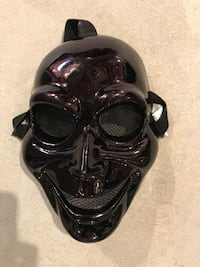 Halloween Costume- mask.  Used only once.  Smoke and pet free environment . Innisfil, L9S