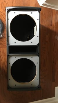 White and black subwoofer speaker. Best offer takes it Richmond, 23225