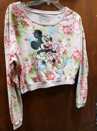 Junior large Mickey mouse top  Gilroy, 95020