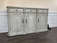 Rustic wooden cabinet unit Fort Mill, 29707