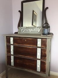 Antique refinished dresser/mirror Bradford West Gwillimbury, L0L