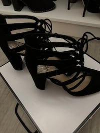 Shoes fall or any season size 38 Vince Camuto black suede Vaughan, L4L