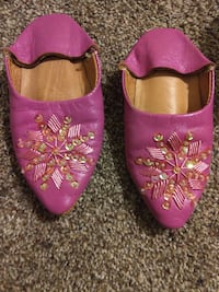 pair of pink leather shoes Springfield