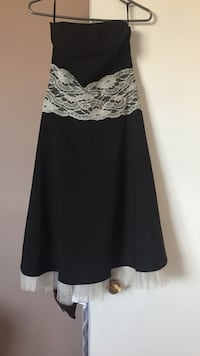 Black and white lace cocktail dress West Lincoln, L0R