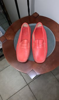 Size 9 loafers new leather Gatineau, J8T 5G1