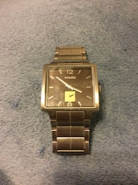 square gold-colored analog watch with link bracelet Wheaton, 60189
