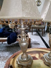 Tow metal table lamp Richmond Hill, L4C 6E4