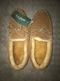 LL bean wicked good sheepskin moccasins